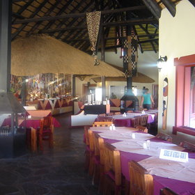 ...with long dining tables for those travelling in groups.