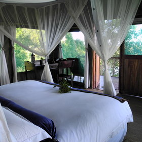 Duba Plains has six tented chalets...
