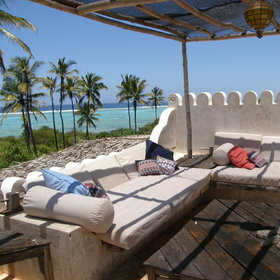 … whilst admiring the view over the ocean…