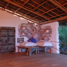 The deco is very interesting but…