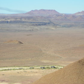 Kuidas Camp is set among desert gravel plains and mountains...