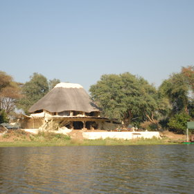 It stands on a quiet stretch of the Chongwe River, overlooking the Lower Zambezi N.P.