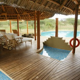 …with a delightful pool - perfect for those hot afternoons before the late game drive.