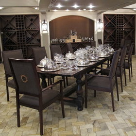 Dinner can also be enjoyed in the wine cellar, along with a bottle of wine.