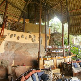 Kutazama's central area features a vaulted makuti-tiled roof, with plenty of light allowed in.