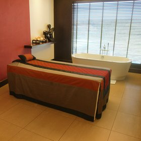 The Sankara's principal other distractions are on the sixth and seventh floors, and include a spa…