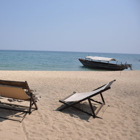 ...there's a few deckchairs to relax...