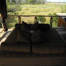 The lofty lookout has a sala (day bed) which can be made up at night for sleep outs under the stars.