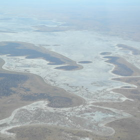 ...and an appreciation of the vastness of the Makgadikgadi...