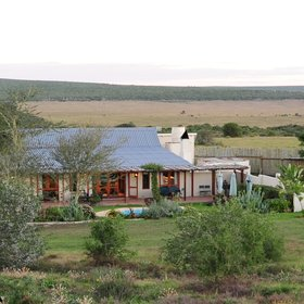 Not far from the lodge there is the fully staffed Long Hope Villa for exclusive-use bookings.