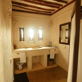 …and like the rooms at the back of the house, have welcomingly large bathrooms…