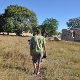 ...and walk around the Kilwa Kisiwani ruins,