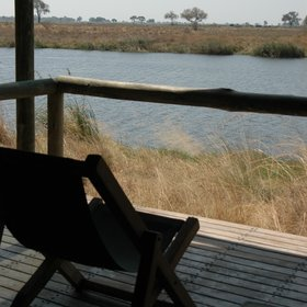 ... each of them has a wooden veranda where you have great views out on to the Spillway.