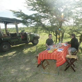 At Mara Plains you can also eat outside and often under the stars.