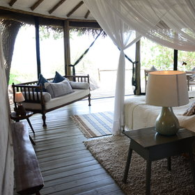Lamai Serengeti has 12 stone and canvas cottages.