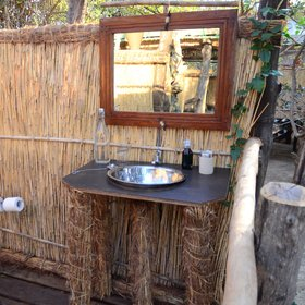 Every chalet has an open-air bathroom ...