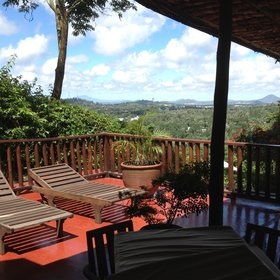 Onsea House is a homely lodge near Arusha, with commanding views across the district.