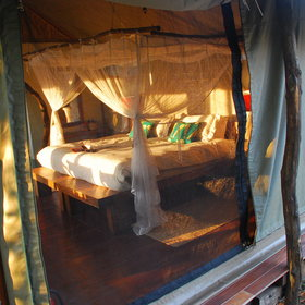 It has six comfortable Meru-style tents...