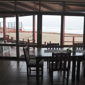 …taste the À la carte menu at the sea-view dining area…