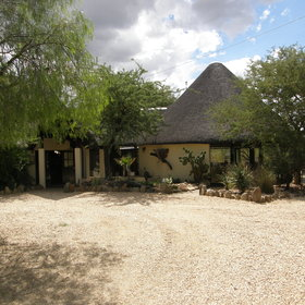 Immanuel Wilderness Lodge is only around 20 minutes north of Windhoek...