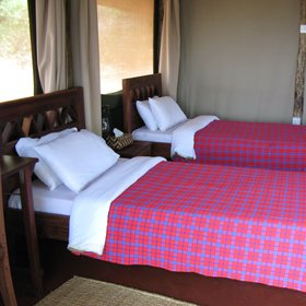 ...or colourful Maasai blankets which add a splash of colour to the rooms.