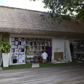 There is also a boutique selling local products and a selection of clothes.