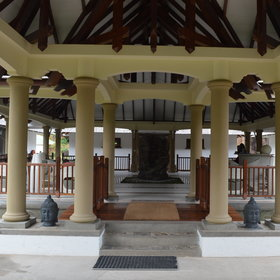 La Reserve is one of Praslin's oldest hotels; it's located on the north-eastern side of Praslin.