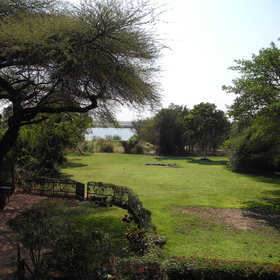 Garden Lodge also offers a range of activities like safari drives, boat cruises or fishing.