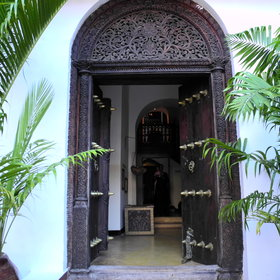 It retains the character of the Indian Merchant House it used to be in the 19th Century...