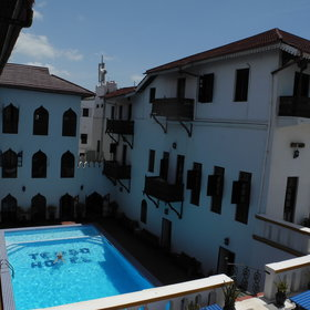 With a large pool and lots of space, the Tembo Hotel is a great choice for families.