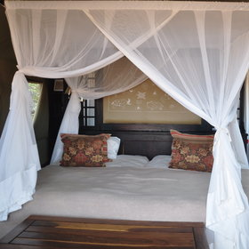 The tents are well equipped with comfortable beds.