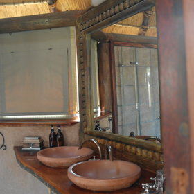 ...with ensuite bathroom providing complete luxury.