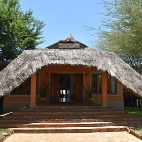 Escarpment Luxury Lodge is located on the rim of the Great Rift Valley.