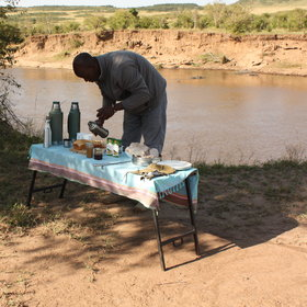 A bush breakfast is provided on the morning activity...