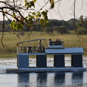 The lodge offers boat cruises - usually for sundowners...