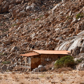 The Eagle's Nest chalets are found about 2km from Aus...