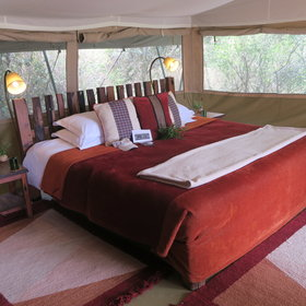 The guest tents keep up the same feel and are cosy and spacious.