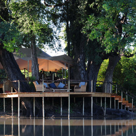Kanga Bush Camp sits beside Kanga Pan in a remote region of Mana Pools National Park